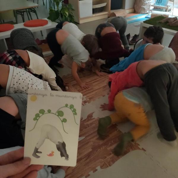 🧘 Yoga en la clase con las cartas de Eduyoga 🧘